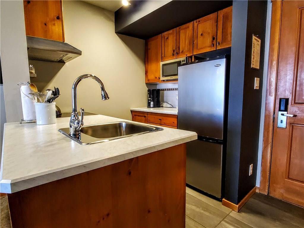 Condo for sale at 2050 Summit Drive  Unit 205 Panorama British Columbia - MLS: 2442367