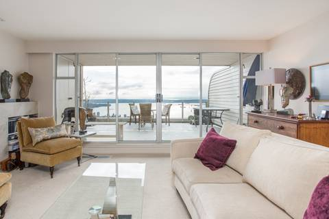Condo for sale at 2274 Folkestone Wy Unit 205 West Vancouver British Columbia - MLS: R2438568