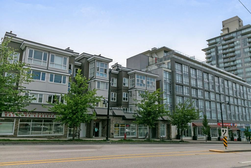 For Sale: 2388 Kingsway Avenue, Vancouver, BC   2 Bed, 1 Bath Condo for $609,000. See 20 photos!