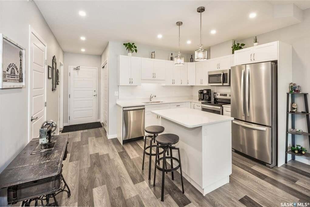 Condo for sale at 2641 Woodbridge Dr Unit 205 Prince Albert Saskatchewan - MLS: SK815534