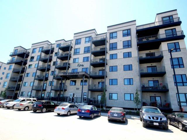 Buliding: 295 Cundles Road, Barrie, ON