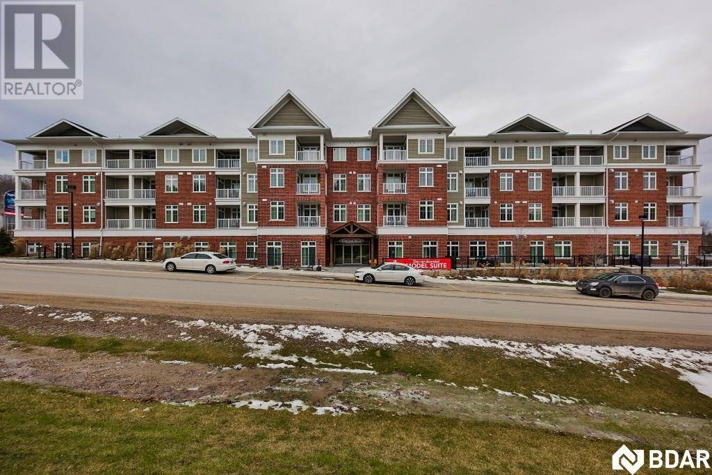 Condo for sale at 40 Horseshoe Blvd Unit 205 Horseshoe Valley Ontario - MLS: 30739246