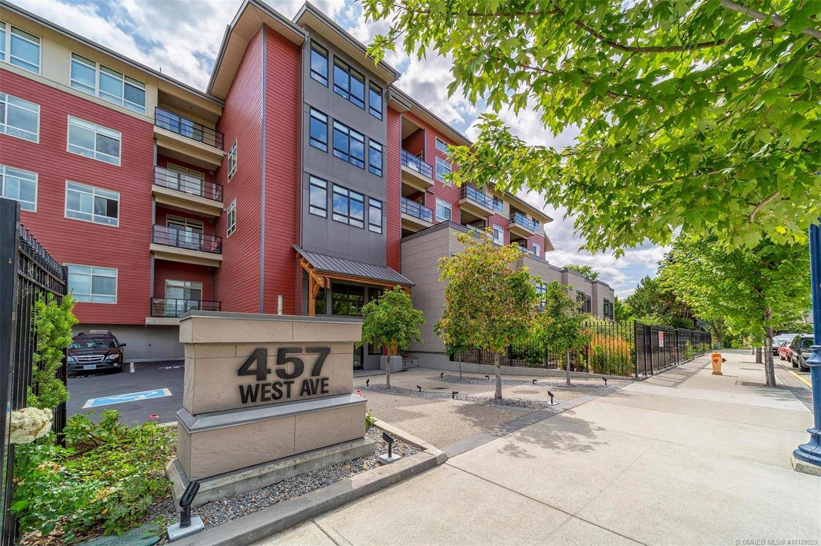 Condo for sale at 457 West Ave Unit 205 Kelowna British Columbia - MLS: 10189929