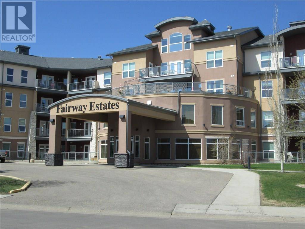 Condo for sale at 5040 53 St Unit 205 Sylvan Lake Alberta - MLS: ca0192058