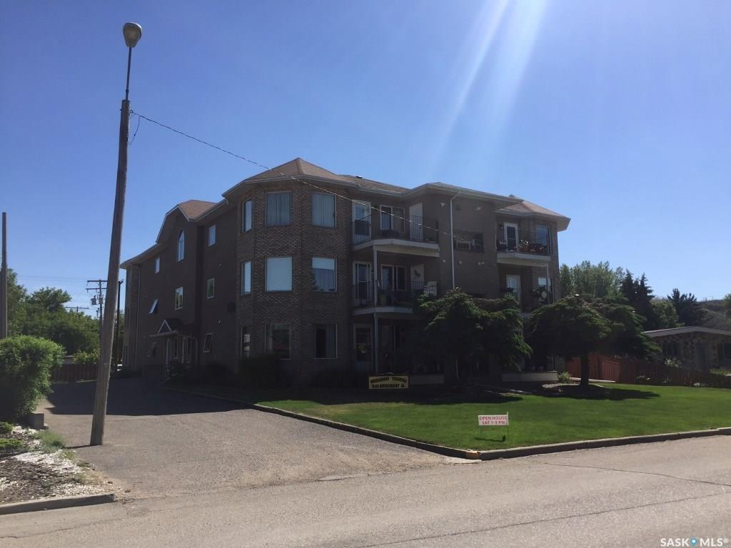 For Sale: 561 Broadway Street West, Fort Quappelle, SK | 2 Bed, 2 Bath Condo for $209,900. See 13 photos!