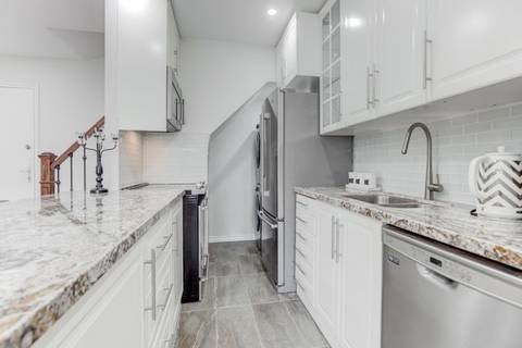 Condo for sale at 5877 Bathurst St Unit 205 Toronto Ontario - MLS: C4423874