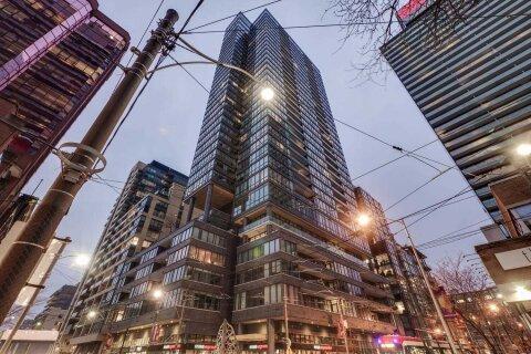 Apartment for rent at 8 Charlotte St Unit 205 Toronto Ontario - MLS: C5057211