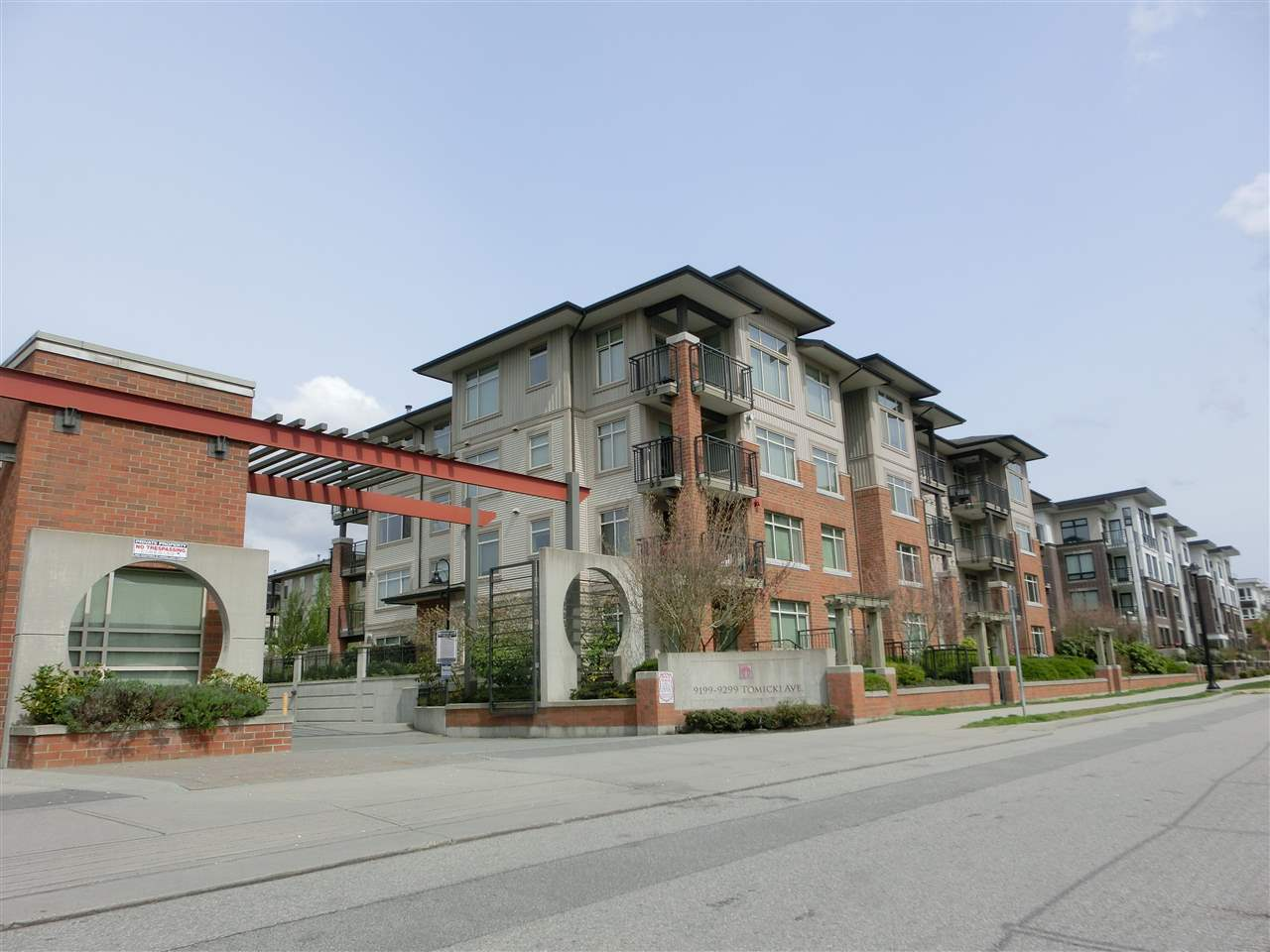 Sold: 205 - 9299 Tomicki Avenue, Richmond, BC