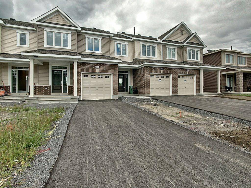 Townhouse for sale at 205 Bandelier Wy Stittsville Ontario - MLS: 1168066