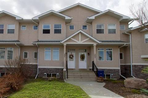 Townhouse for sale at 205 Strathcona Circ Strathmore Alberta - MLS: C4237172