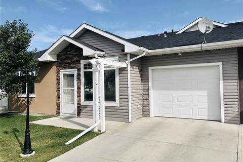 Townhouse for sale at 205 Sunvale Cres Northeast High River Alberta - MLS: C4263376