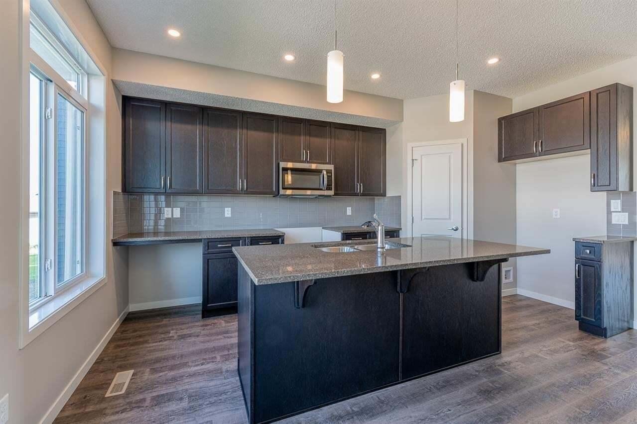 House for sale at 2052 51 St SW Edmonton Alberta - MLS: E4205840