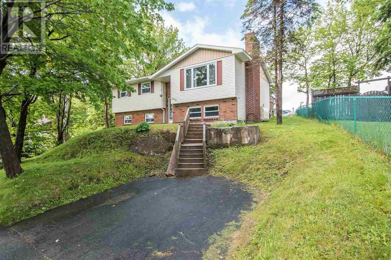 Removed: 2054 Bay Road, Timberlea, NS - Removed on 2018-11-21 04:45:24