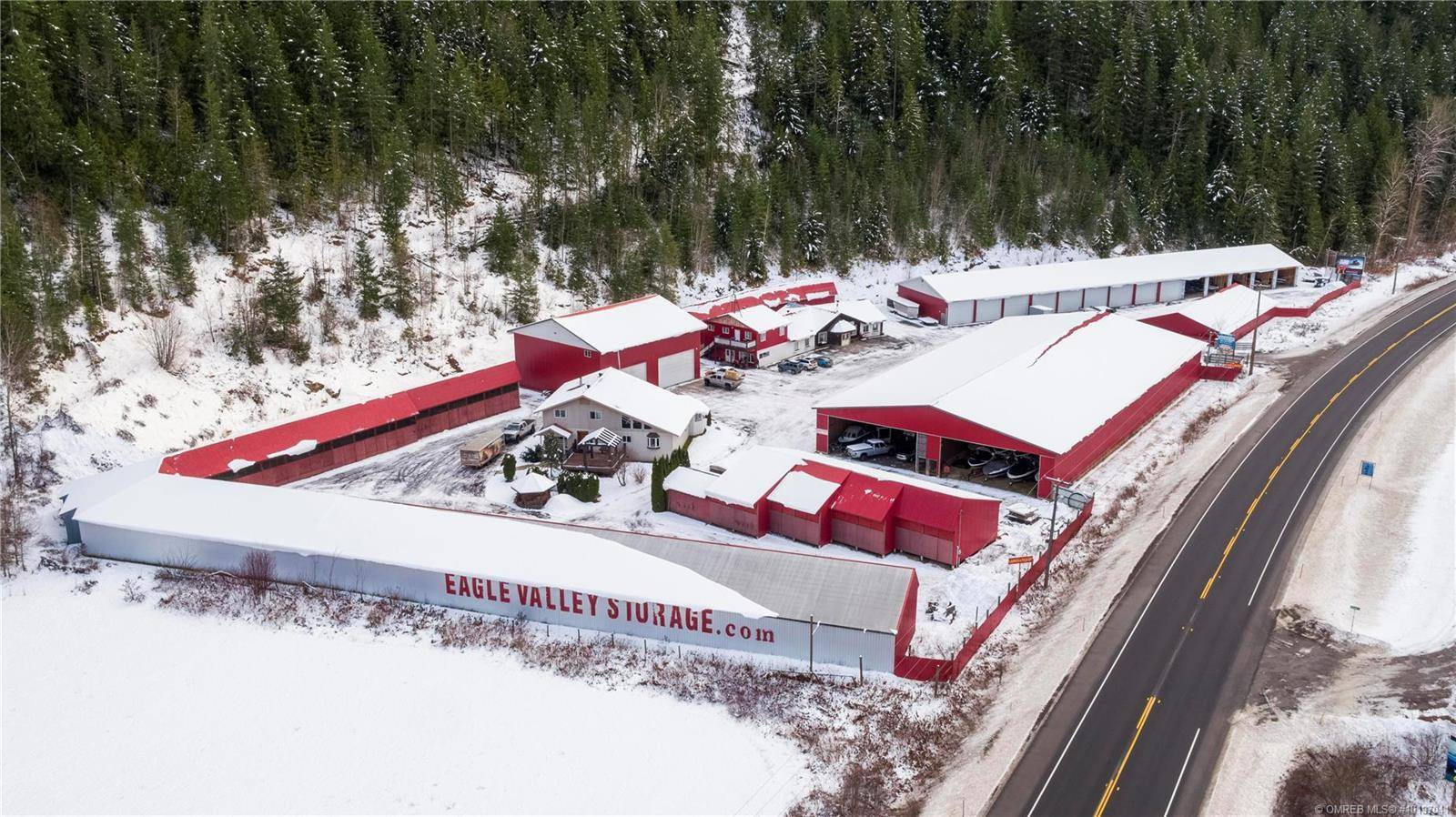 2054 Trans Canada Highway, Sicamous | Image 1