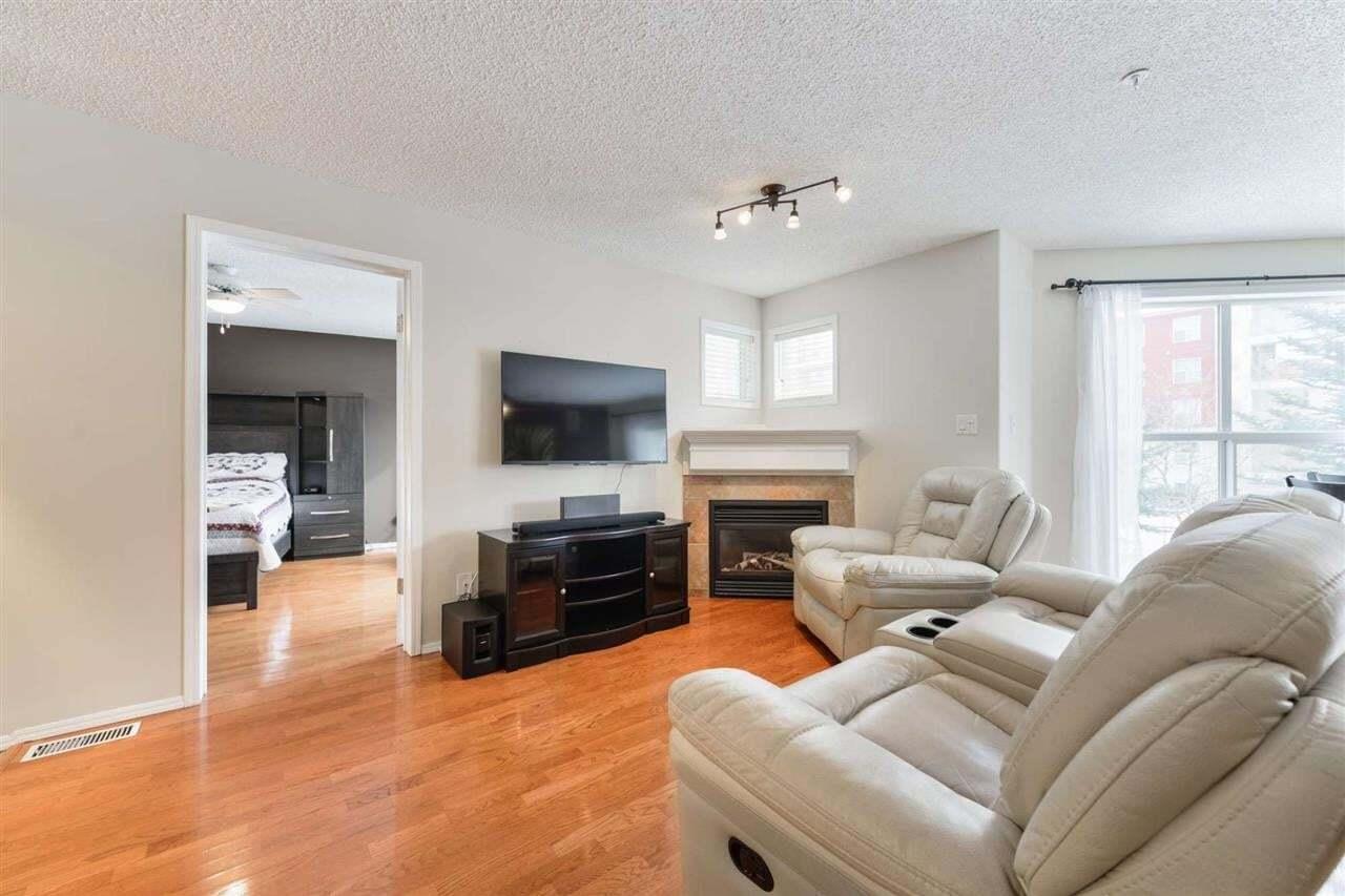 Condo for sale at 10221 111 St NW Unit 206 Edmonton Alberta - MLS: E4193274