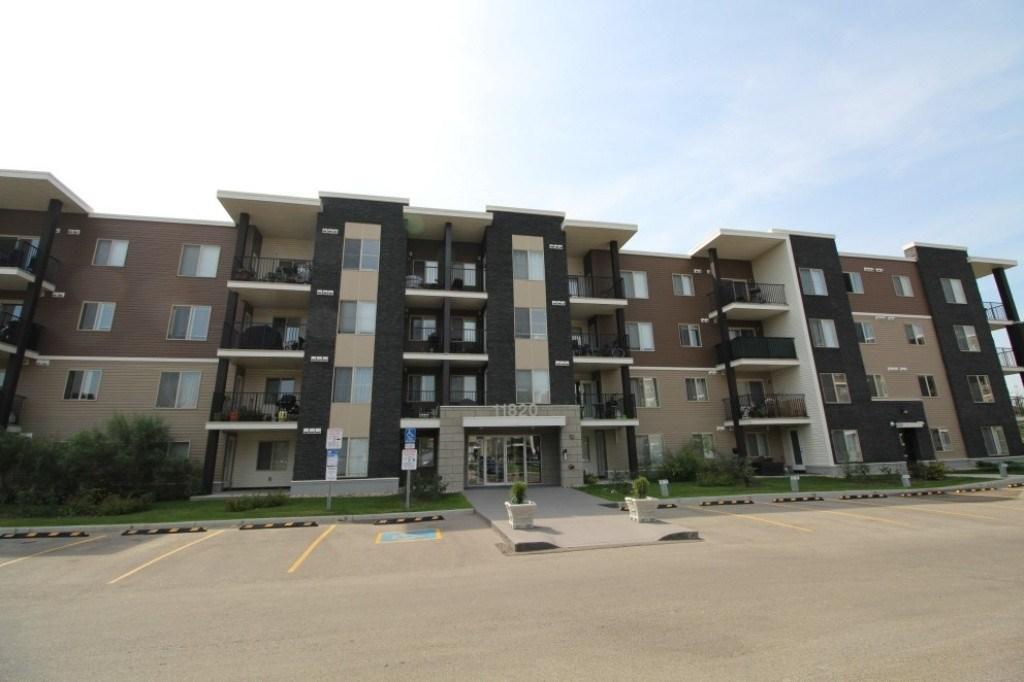Buliding: 11820 22 Avenue, Edmonton, AB