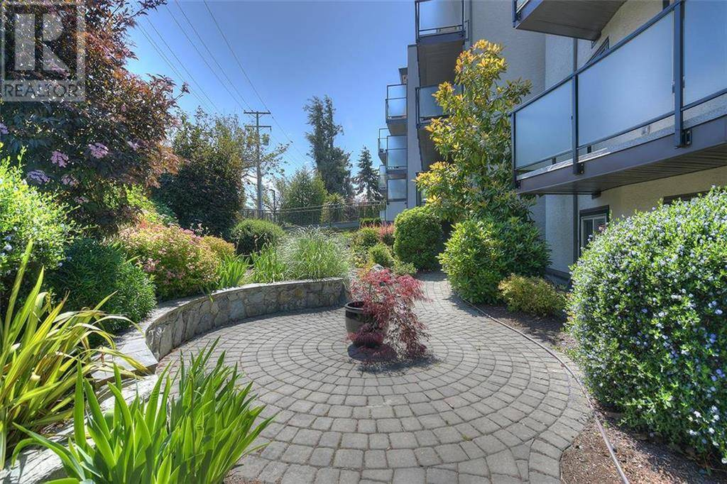 Condo for sale at 1241 Fairfield Rd Unit 206 Victoria British Columbia - MLS: 423592