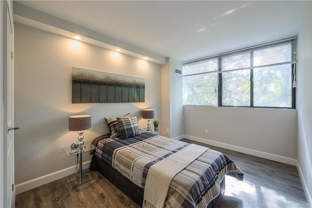 For Sale: 206 - 133 Torresdale Avenue, Toronto, ON | 3 Bed, 2 Bath Condo for $599,000. See 20 photos!