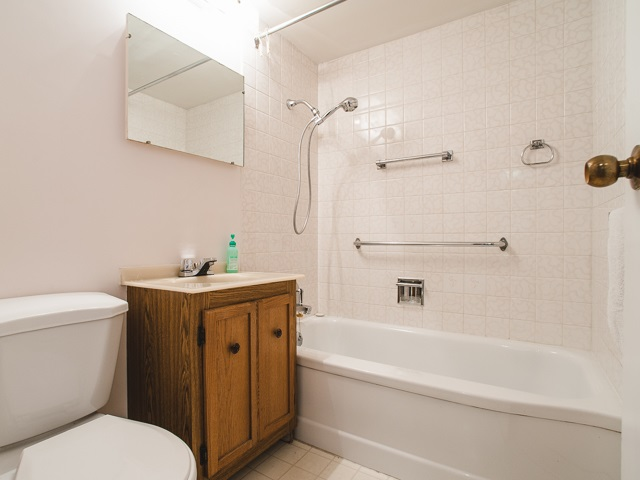 For Sale: 206 - 1445 Marpole Avenue, Vancouver, BC   1 Bed, 1 Bath Condo for $499,000. See 16 photos!