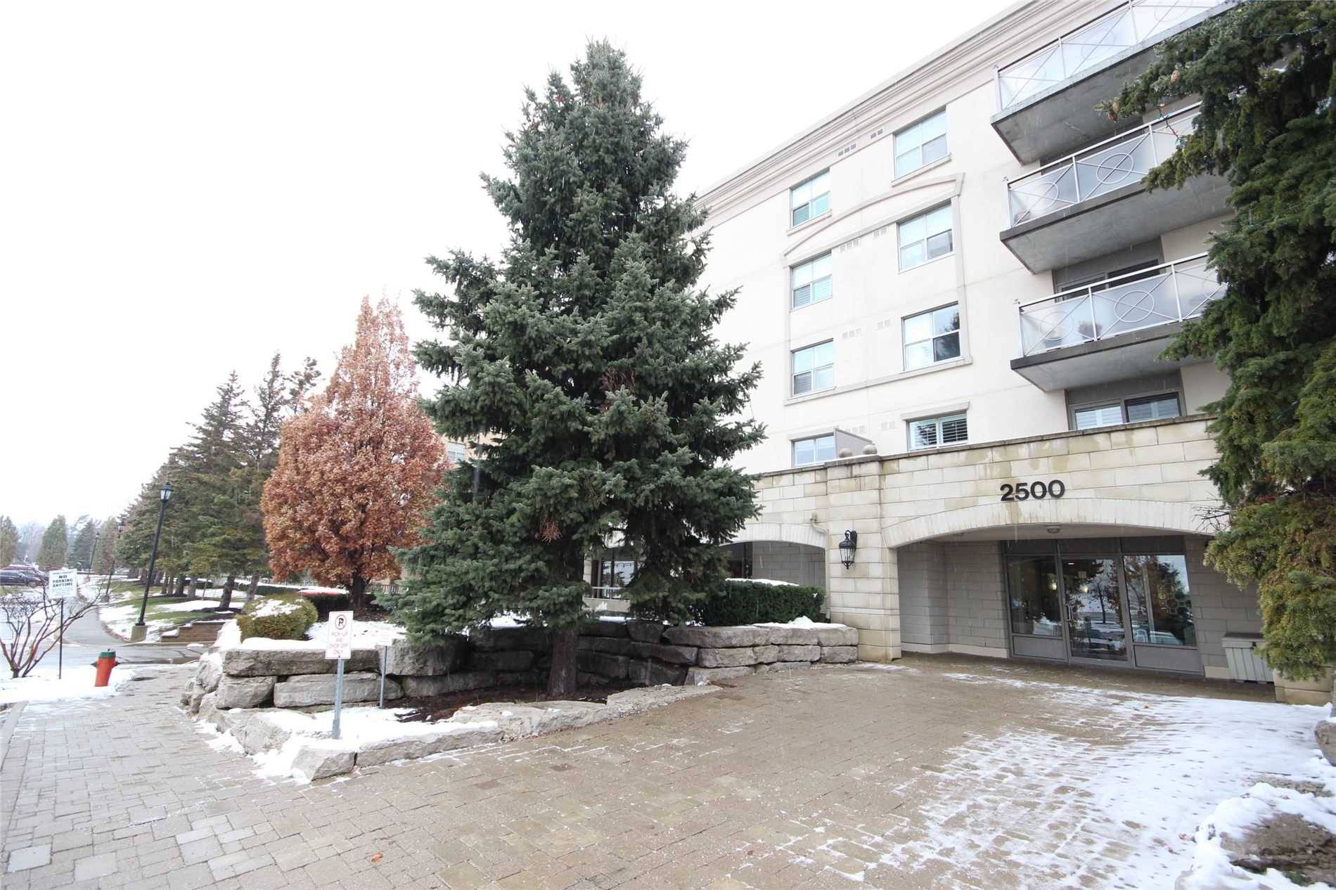 Buliding: 2500 Rutherford Road, Vaughan, ON