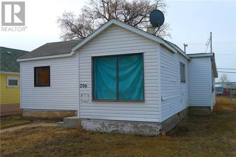 House for sale at 206 2nd Ave W Biggar Saskatchewan - MLS: SK768107