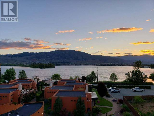 Condo for sale at 4300 44th Ave Unit 206 Osoyoos British Columbia - MLS: 181852