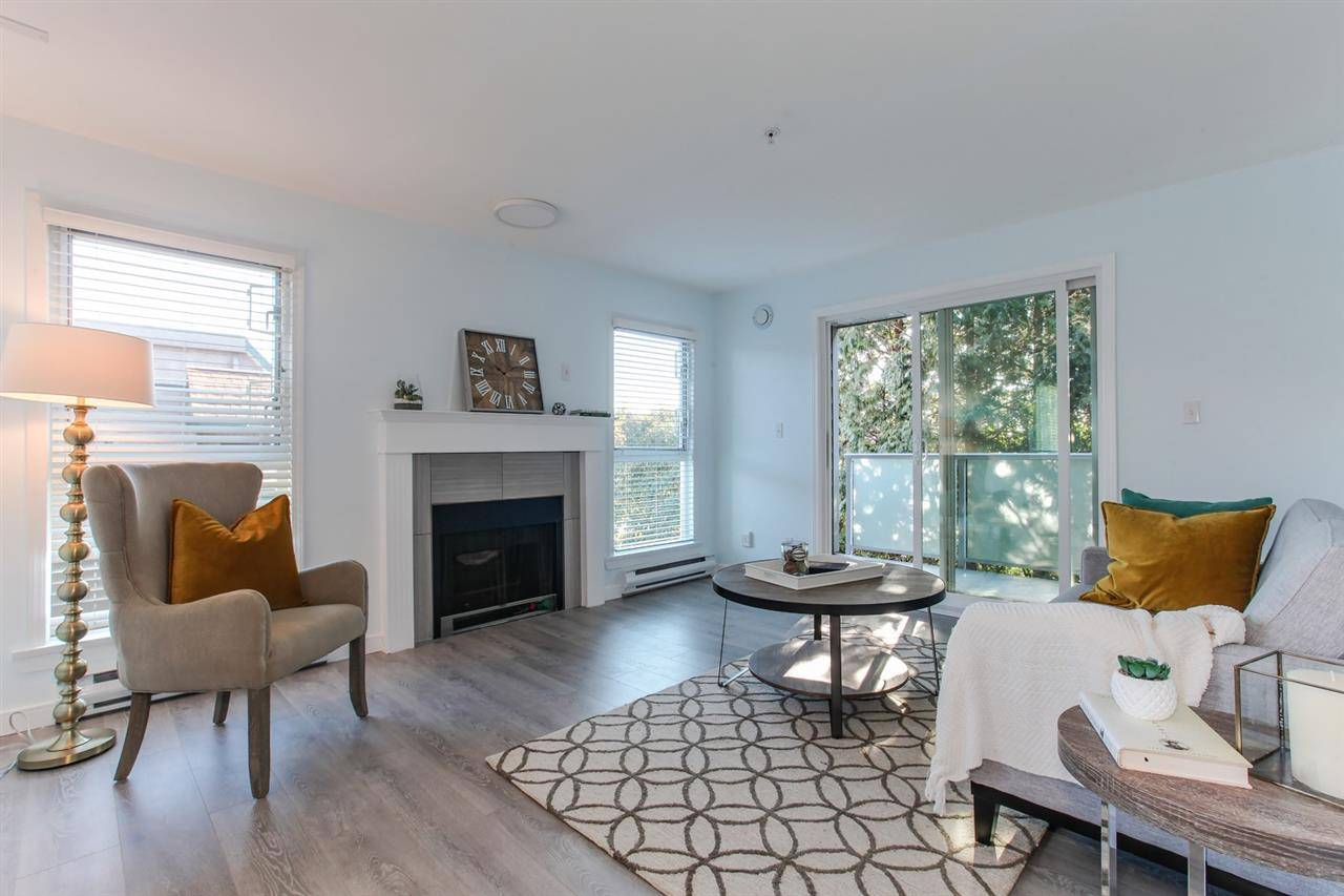 Coventry Court Condos: 518 Thirteenth Street, New Westminster, BC