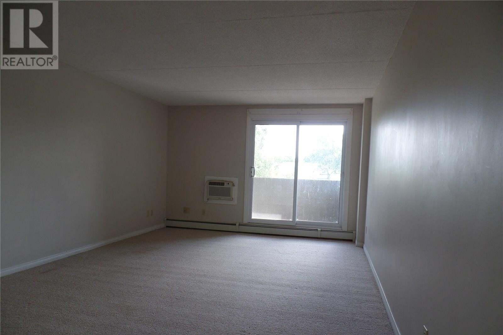 Condo for sale at 590 Laurier St W Unit 206 Moose Jaw Saskatchewan - MLS: SK827406