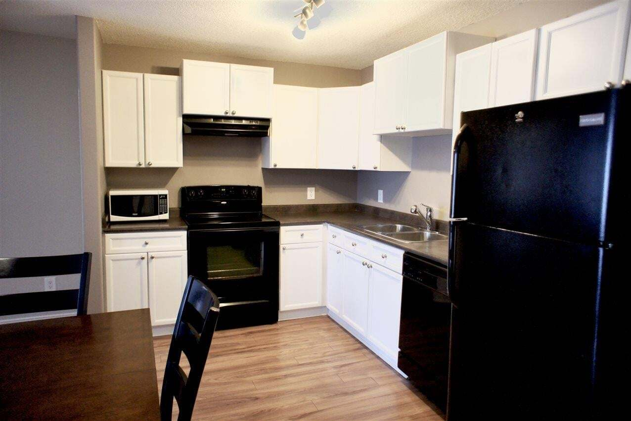 Condo for sale at 70 Woodsmere Cl Unit 206 Fort Saskatchewan Alberta - MLS: E4192405