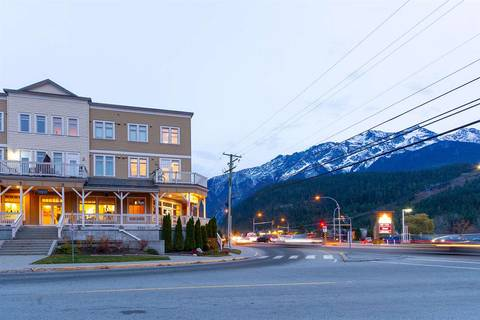 Condo for sale at 7330 Arbutus St Unit 206 Pemberton British Columbia - MLS: R2428039