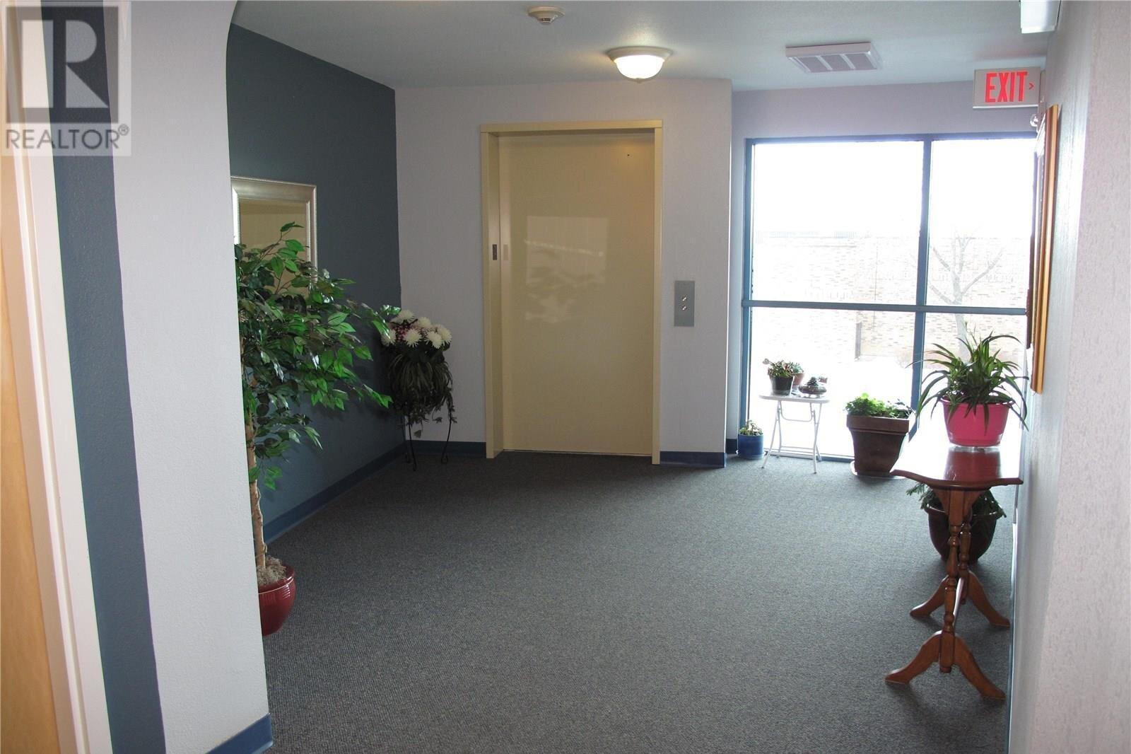 Condo for sale at 75 Souris Ave Unit 206 Weyburn Saskatchewan - MLS: SK831996