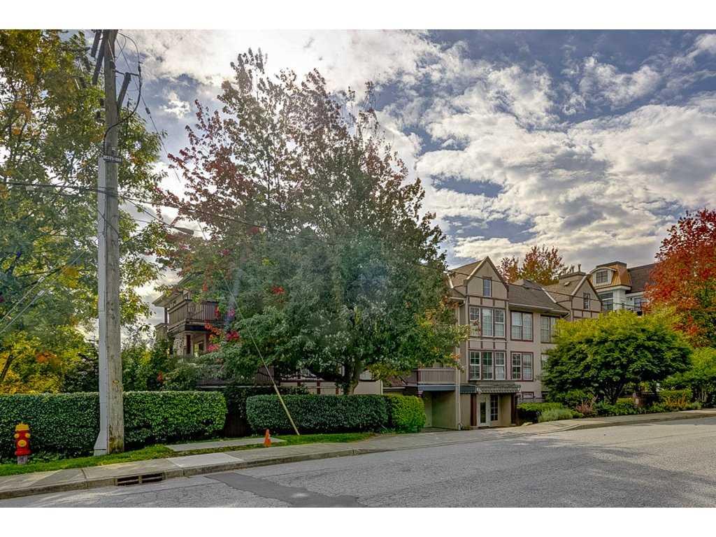 Sold: 206 - 888 Gauthier Avenue, Coquitlam, BC