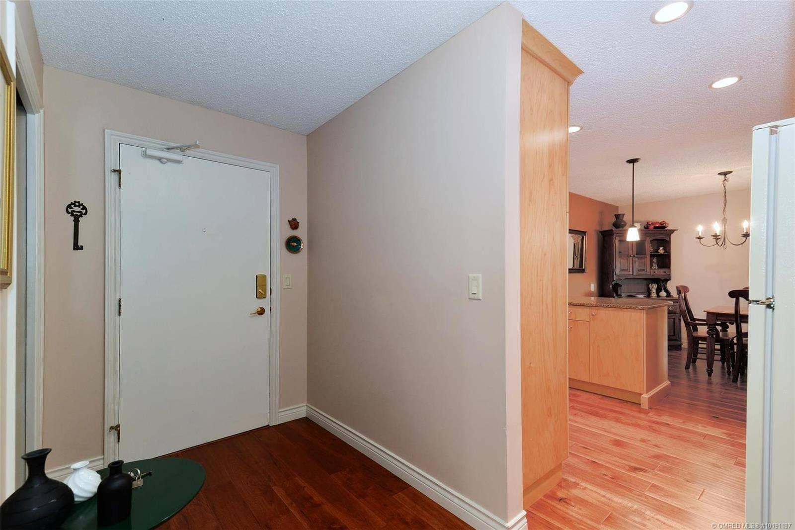Condo for sale at 983 Bernard Ave Unit 206 Kelowna British Columbia - MLS: 10191187