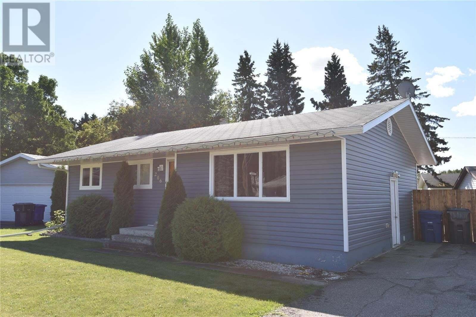 House for sale at 206 Cartha Dr Nipawin Saskatchewan - MLS: SK826195