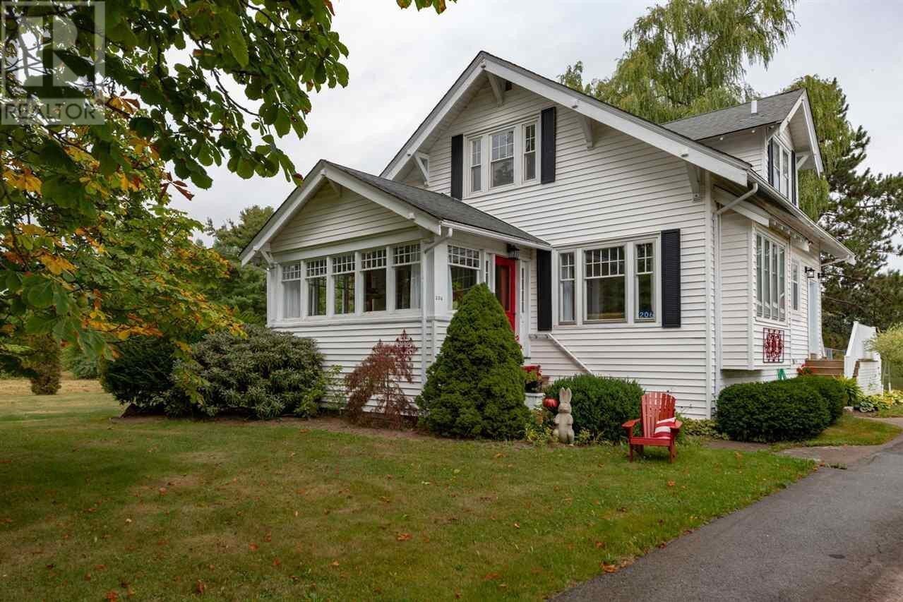 House for sale at 206 Cottage St Berwick Nova Scotia - MLS: 202018852