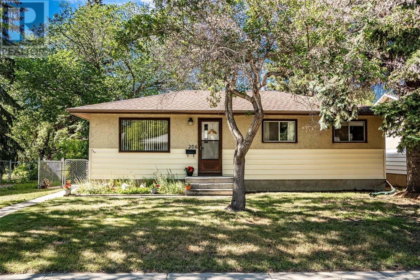 House for sale at 206 Evans St Saskatoon Saskatchewan - MLS: SK819753