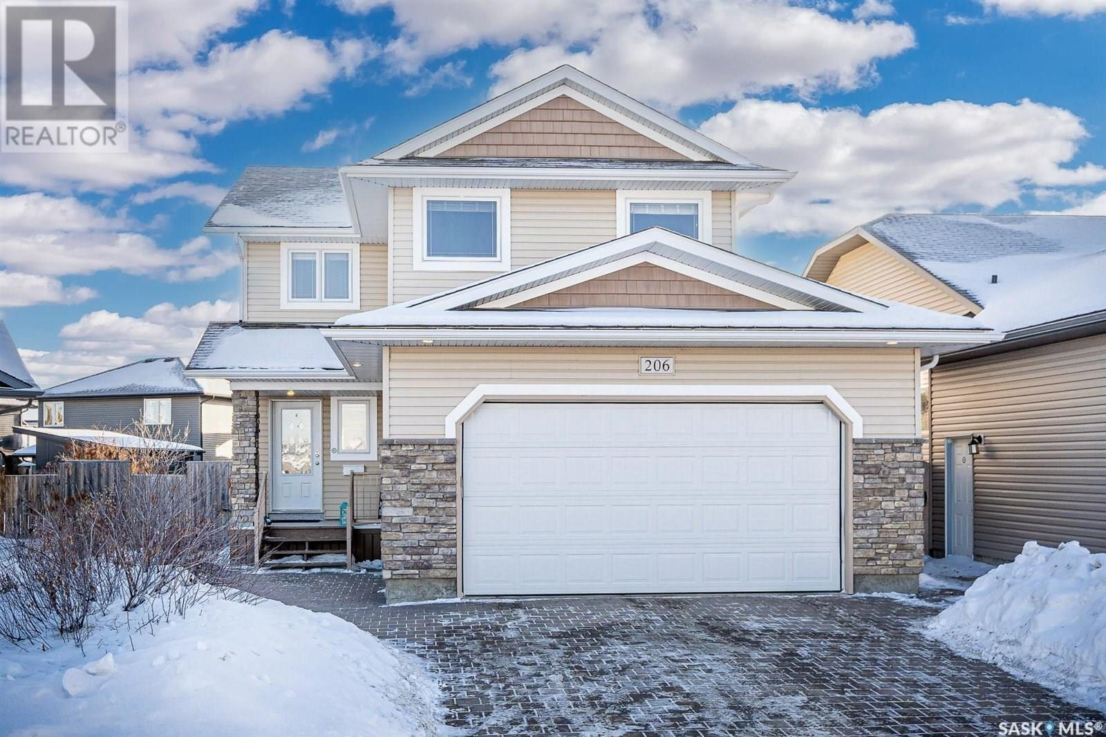 House for sale at 206 Martin Cres Saskatoon Saskatchewan - MLS: SK838126