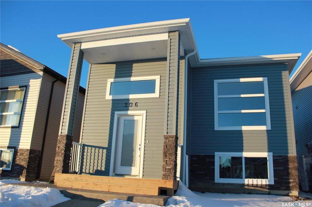 House for sale at 206 Mcarthur Cres Saskatoon Saskatchewan - MLS: SK778531