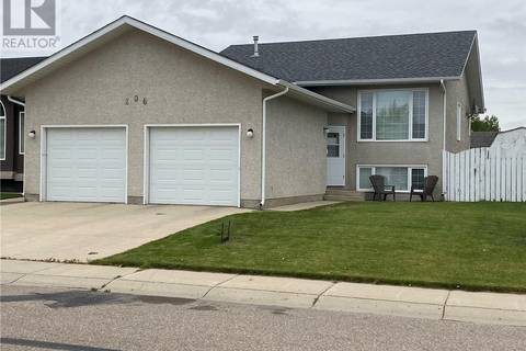 House for sale at 206 Mckay Ct Warman Saskatchewan - MLS: SK778472