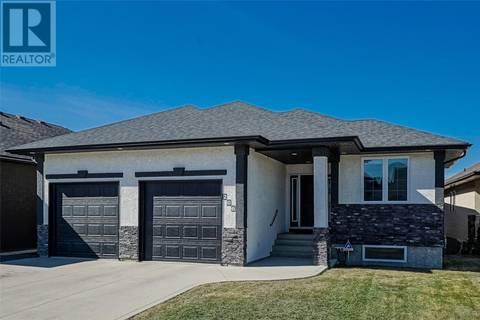 House for sale at 206 Muzyka Rd Saskatoon Saskatchewan - MLS: SK767330