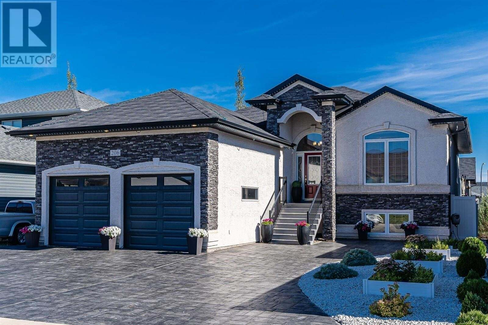 House for sale at 206 Pulles Cres Saskatoon Saskatchewan - MLS: SK826116