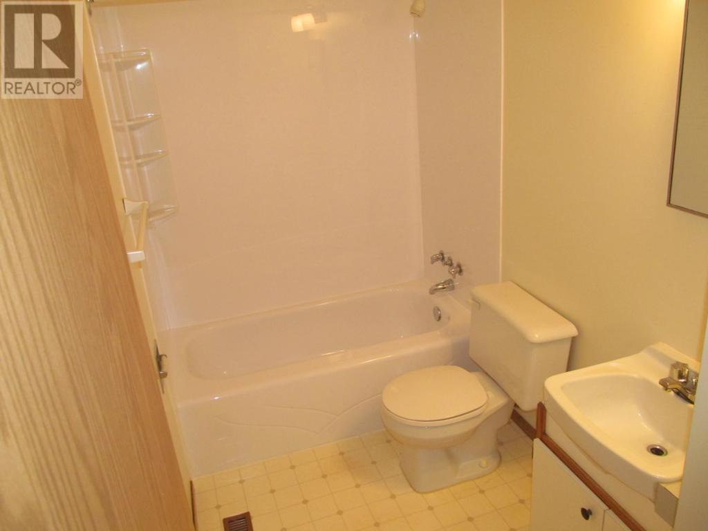 For Sale: 206 Railway Ave Sw, Watson,    3 Bed, 1 Bath House for $62,000. See 22 photos!