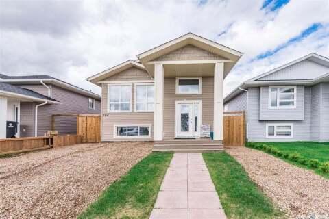 House for sale at 206 Reddekopp Ln Warman Saskatchewan - MLS: SK813262
