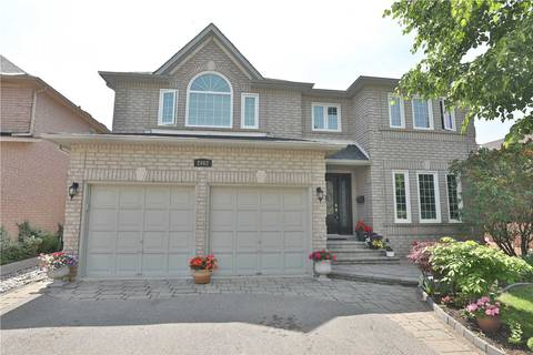 House for sale at 2062 Grand Ravine Dr Oakville Ontario - MLS: W4492310