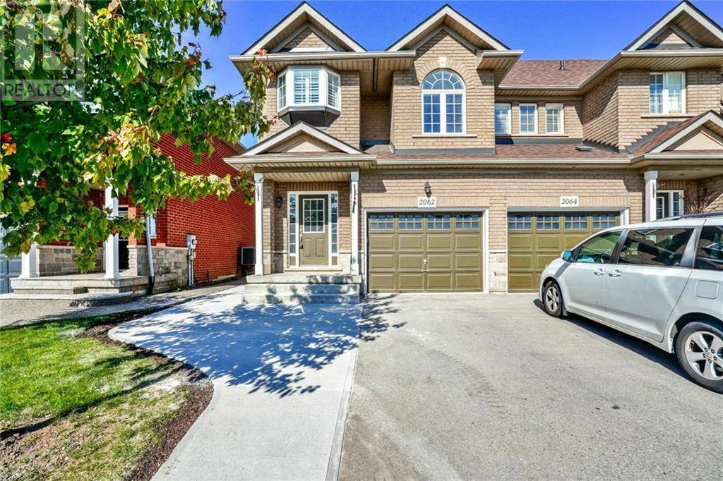 Townhouse for rent at 2062 Redstone Cres Oakville Ontario - MLS: 30772616