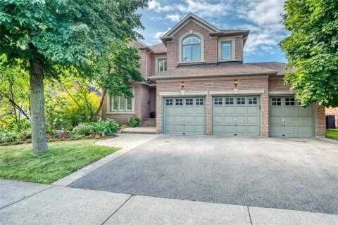House for sale at 2066 Country Club Dr Burlington Ontario - MLS: W4923389