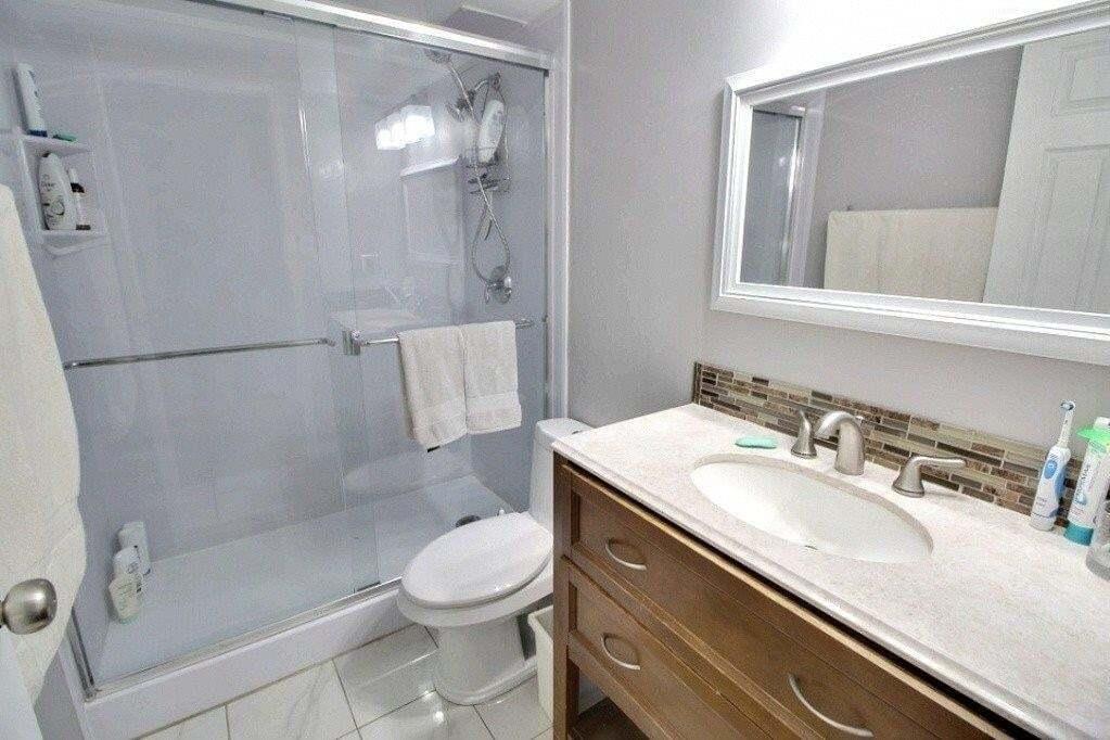 Condo for sale at 10160 116 St NW Unit 207 Edmonton Alberta - MLS: E4202762
