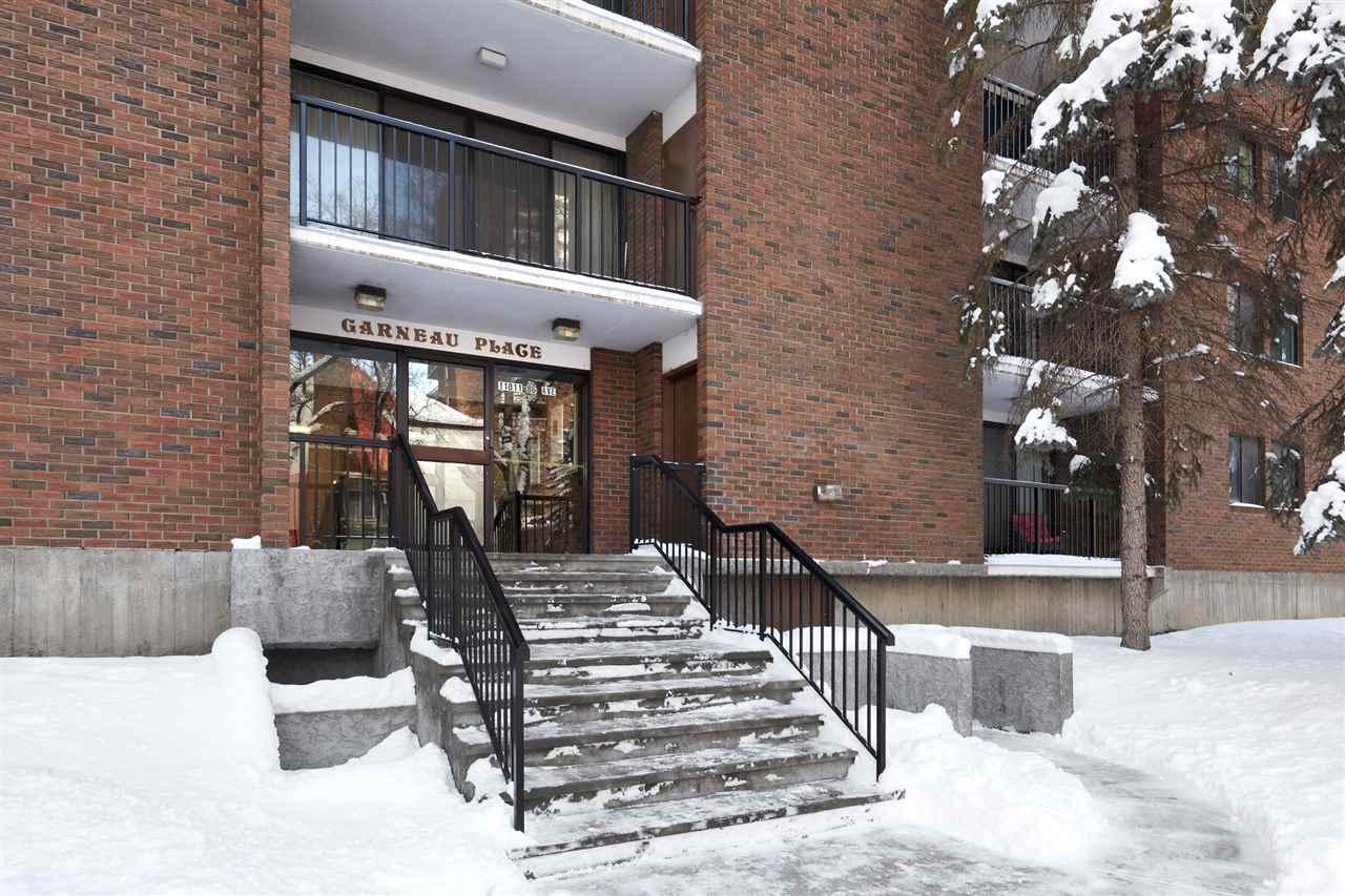 Buliding: 11011 86 Avenue, Edmonton, AB