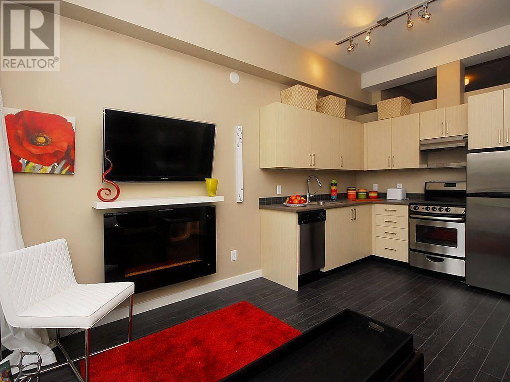 Condo for sale at 1121 Fort St Unit 207 Victoria British Columbia - MLS: 420339