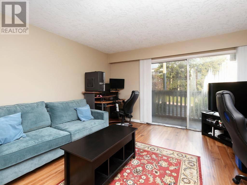 Condo for sale at 1525 Hillside Ave Unit 207 Victoria British Columbia - MLS: 421238